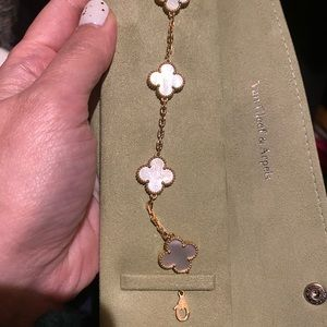 Vca mother of pearl bracelet